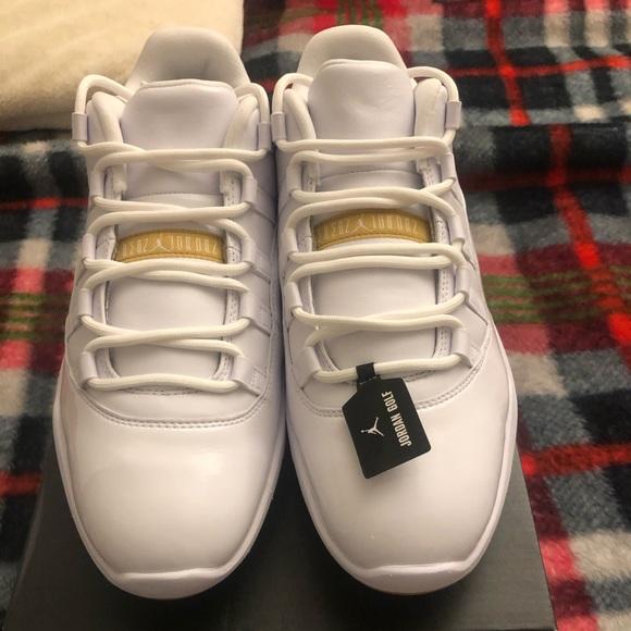 air jordan 11 low golf white metallic gold